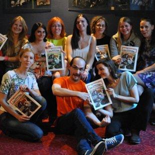"Centra preses pulciņš ar žurnālu ""Los Senecanos"""